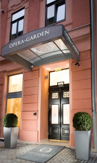 Opera Garden Hotel & Apartments - Entrance
