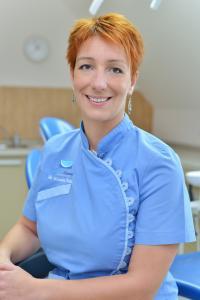 Dr. Krisztina Zoltán